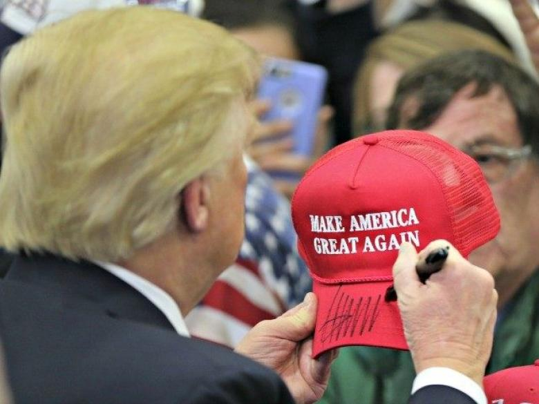 Guy with Trump hat sues bar for refusing to serve him